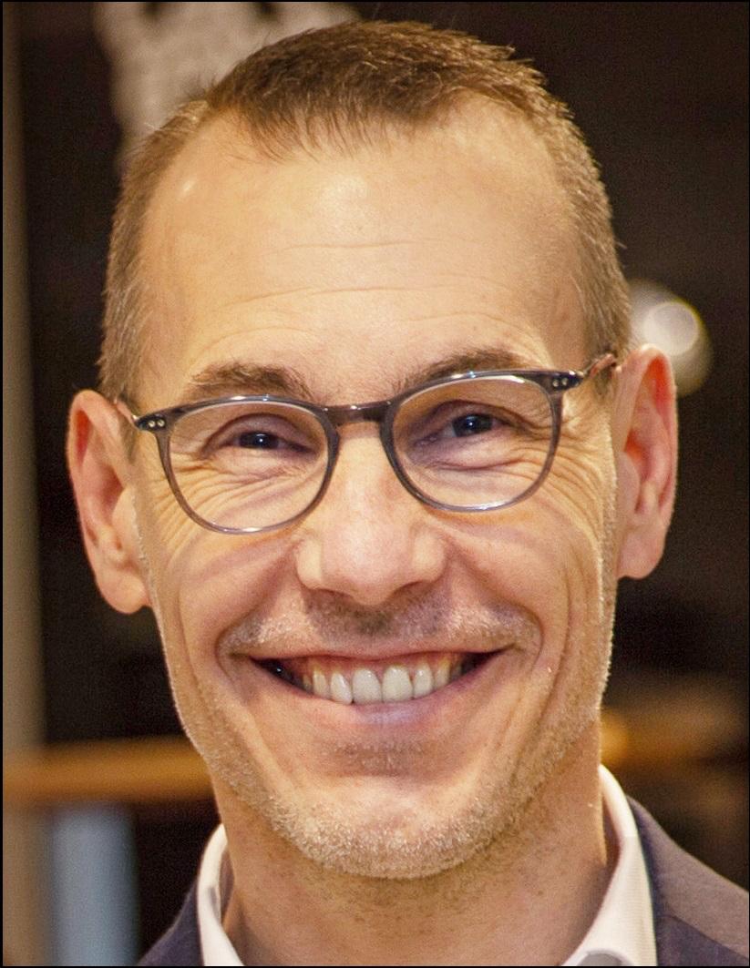 """Stadtrat Alexander Kögel meint: """"Der Bebauungsplan für die Stadtbücherei ist ein wichtiges Zeichen, dass es weiter geht""""."""